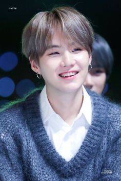 """no offense, but yoongi is prettier than all of us"" Suga Suga, Min Yoongi Bts, Agust D, Daegu, Foto Bts, Kpop, Mma 2019, Bad Boy, Min Yoonji"