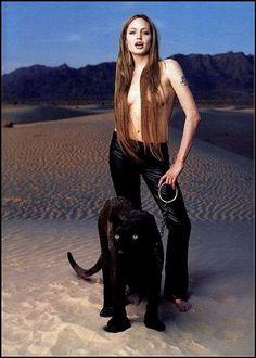 Angelina Jolie mascotas