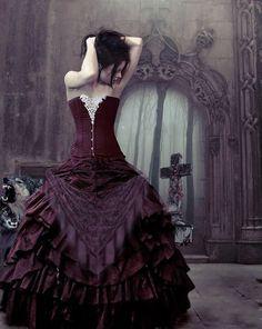 Gorgeous purple dress in Gothic art!