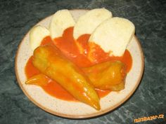 Plněné papriky v té nejlepší rajské omáčce :o)