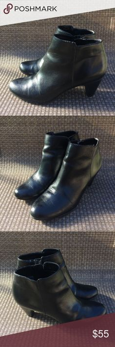 Sam Edelman Bootie Preowned Sam Edelman black bootie. See photos for scratches on heels and creases in the genuine leather upper. ASKING PRICE OR BEST OFFER! Sam Edelman Shoes Ankle Boots & Booties