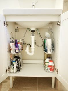 Reader Feature: Small Bathroom Storage Solution - How to Organize