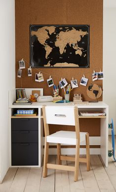 Junior Office - New Deko Sites Deco Kids, Kids Bedroom, Corner Desk, Drawers, Sweet Home, Kids Rugs, Cool Stuff, Children, Interior