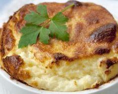 Mini soufflés régime aux courgettes et au fromage : http://www.fourchette-et-bikini.fr/recettes/recettes-minceur/mini-souffles-regime-aux-courgettes-et-au-fromage.html