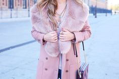 Trendy Look. Look en rosa. A trendy life. #trendy #chicoutfit #moda #fashion #denim #jeans #pinkoutfit #sevilla #details #zara #michaelkors #elicceparis #celine #carmensteffens #outfit #fashionblogger #atrendylife www.atrendylifestyle.com