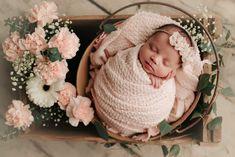 Foto Newborn, Newborn Baby Photos, Baby Girl Photos, Newborn Poses, Cute Baby Pictures, Newborn Session, Baby Girl Newborn, Newborns, Family Pictures