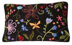 Satumetsä-tyyny Shabby Chic Embroidery, Hand Embroidery, Embroidery Designs, Lace Making, Felt Dolls, Textile Art, Handicraft, Fiber Art, Needlepoint