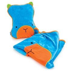 TRUNKI SNOOZIHEDZ 3 IN 1 BLUE CHILDRENS TRAVEL PAL PILLOW & BLANKET   The 3 in 1 travel companion.  The cute character unzips to reveal a comfy inflatable pillow and cozy fleece blanket that connect together with the unique Trunki Grip. This stops the blanket sliding off so your little one stays tucked up toasty. Suitable for ages 2+ Blue RRP £19.99 Our price £12.99 www.hogiesonline.co.uk - TRUNKI SNOOZIHEDZ 3 IN 1 BLUE CHILDRENS TRAVEL PAL PILLOW