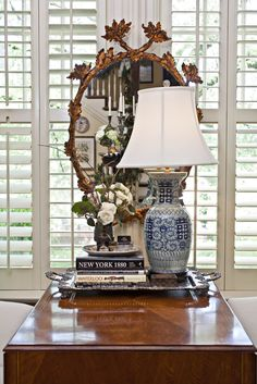 back office windows - how great would it be to have 2 rush chairs flanking the sewing machine table? Living Spaces, Living Room, Shabby, Beautiful Interiors, Home Decor Inspiration, Fixer Upper, Decoration, Vignettes, Home Accessories