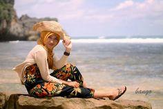 Imaji artwork: Hijab Style (Beach) Photoshoot