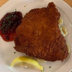 Wienerschnitzel und Kartoffeln Salat  Super Lecker Essen at The Old Mecklenburg Brewery.  #charlottenc  #fantastic_food #foodie  #getintomybelly #wonderful_food #foodporn  #leckeressen  #follow  #food_of_day #foodgrams  #awesomedishes  #awesome_dish #mykitchen  #ig_food  #awesomeeats #food_shotz #america  #foodieofficial #eats #northcarolina  #insta_food #foodphotography  #eatin  #vittles  #tasty Eric Jones, Photos For Sale, Prints For Sale, Brewery, Food Photography, Food Porn, Old Things, Tasty, America