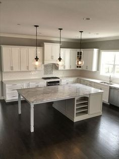 The Run Down auf Kitchen Island Ideas Diy mit Seating Exposed - . The Run Down auf Kitchen Island Ideas Diy mit Seating Exposed - . 56 Amazing Modern White Kitchen Remodel Cabinets Ideas – Awful or Wonderful? Diy Kitchen Island, New Kitchen Cabinets, Kitchen Tops, Kitchen Flooring, Kitchen Countertops, Kitchen Dining, Kitchen Sinks, Rustic Kitchen, Soapstone Kitchen
