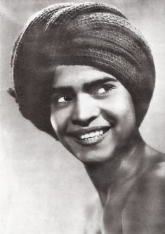 Sabu. German collectors card by Küno's Film-Foto in the series Der Dieb von Bagdad, no. 1, presented by Sparkasse bank. Photo: publicity still for The Thief of Bagdad(Ludwig Berger, Michael Powell, Tim Whelan, 1940). British Indian actor <b>Sabu</b> (1924-1963) had 'a smile as broad as the Ganges and charm enough to lure the stripes off a tiger'. He became an instant star with the release of the British film Elephant Boy in 1937.