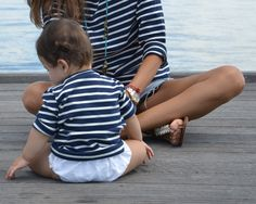 Matching Mom and Baby stripes. Baby Girl Fashion, Kids Fashion, Blog Da Carlota, Pretty Kids, Nautical Stripes, The Best Is Yet To Come, Little Fashionista, Boho Baby, Big Love