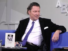 Martin Suter auf dem Blauen Sofa | FBM 11.10.12, via Flickr. Suit Jacket, Breast, Sofa, Suits, Jackets, Men, Books, Fashion, Copywriting