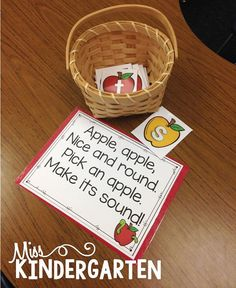 Great ideas for letter sounds/phonics practice! Miss Kindergarten: Phonics and Patterning Fun Literacy Activity Fall Preschool, Kindergarten Activities, Preschool Apples, Reading Activities, Guided Reading, Jolly Phonics Activities, Reading Tutoring, Preschool Classroom, Preschool Ideas