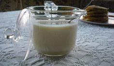 Házi sűrített tej ( cukrozott ) How To Make Homemade, Glass Of Milk, Almond, Tej, Goodies, Coconut, Baking, Cake, Desserts