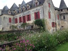 Chateau Olivier dates from the Middle Ages