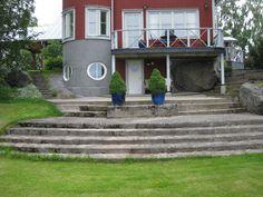Vihkipaikka Bulleråsissa jos sää sallii, tuolit tuodaan portaiden molemmin puolin.