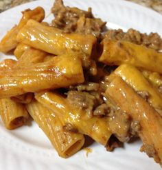 Ziti Noodles and Taco Sauce........ Ingredients :::::::: 3/4 bag(s) ziti noodles *** 1 lb of ground beef *** 1 pkg taco seasoning *** 1 cup water *** 1/2 pkg cream cheese *** 1 1/2 c shredded cheese (mexican mix)