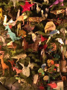 origami tree Origami Usa, Origami Tree, Dinosaurs, Christmas Decorations, Patterns, Animals, Painting, Art, Block Prints