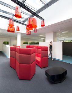 Markenarchitektur und Innenarchitektur Sparkasse Office: Open Space by bkp