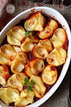 Pasta rellena a los 4 quesos / 4 cheese stuffed pasta Pasta Recipes, Cooking Recipes, Healthy Recipes, Risotto, Pasta Casera, Good Food, Yummy Food, Tasty, Food Humor