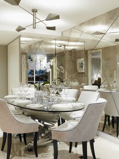 LINLEY Formal Dining. Beautiful modern dining table. http://www.bocadolobo.com/