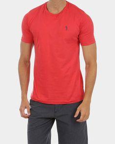 Camiseta Básica Aleatory Vermelha - http://www.compramais.com.br/masculino/camisetas/camiseta-basica-aleatory-vermelha/