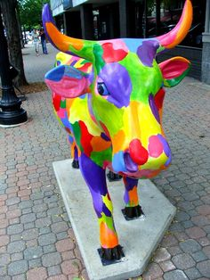 Cows on Parade - Spring Cow  [per previous pinner]