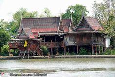 บ้านไทยโบราณ - Google Search Thai House, Style At Home, Wooden House, Traditional House, Interior And Exterior, Entrance, Thailand, Backyard, Cabin