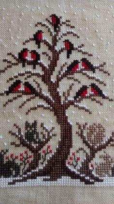 Cross Stitch Bird, Cross Stitch Borders, Cross Stitch Animals, Cross Stitch Flowers, Cross Stitch Designs, Cross Stitching, Ribbon Embroidery, Cross Stitch Embroidery, Hand Embroidery Patterns