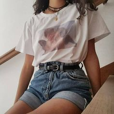 Style Outfits with Ideas - Vintage outfits - 80s Fashion, Look Fashion, Korean Fashion, Fashion Outfits, Thrift Fashion, Grunge Fashion, Fashion Fall, Fashion Clothes, Street Fashion