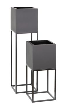 Oakley Plant stand in two different heights with cube shaped GRP planters inside. Perfect for adding plants to your home or office. Various colours and finishes available. Iron Furniture, Home Furniture, Furniture Design, House Plants Decor, Plant Decor, Living Room Decor, Bedroom Decor, Modern Plant Stand, Piece A Vivre