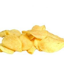 How to Dehydrate Potato Chips I am so going to try this. Fresh chips have to be better than what comes out of a bag. Canning Recipes, Raw Food Recipes, Veggie Recipes, Snack Recipes, Snacks, Canning Tips, Jar Recipes, Freezer Recipes, Freezer Cooking