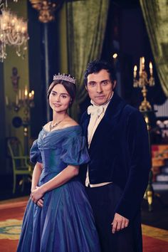 Jenna Coleman and Rufus Sewell as Queen Victoria and Lord Melbourne. Photo by Gareth Gatrell.