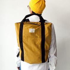 WONDER BAGGAGE ワンダーバゲージ / Relax sack tote : mustard × black リラックス ザック トート マスタード × ブラック - struct