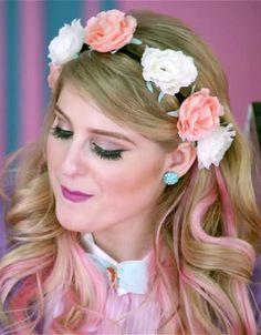 meghan-trainor-hair-all-about-that-bass-flower-crown // get her hair: http://stealherstyle.net/meghan-trainor/?post_type=hair