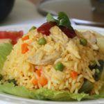 Arroz con pollo colombiano Fun Easy Recipes, Rice Recipes, Easy Meals, Columbian Recipes, Pollo Recipe, Colombian Food, Comida Latina, Chicken Pasta, Fried Rice