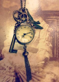 Vintage Watch an charm Necklace...