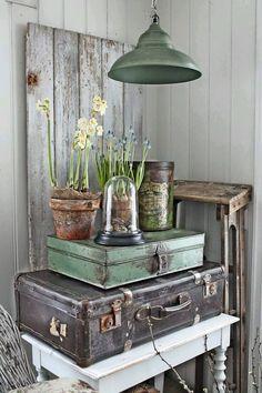 . Decoration Shabby, Shabby Chic Decor, Rustic Decor, Farmhouse Decor, Decoration Crafts, Cottage Farmhouse, Rustic Chic, Retro Home Decor, Cheap Home Decor