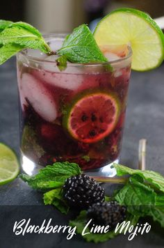 Blackberry Lime Mojito is a great summer cocktail recipe. Perfect for backyard barbecues and parties. Great as a mocktail too! #cocktails  #mocktails  #cocktailrecipes #mocktail #cocktaildrinks