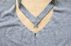 How to make a v-neck t-shirt {sewing pattern and tutorial} - It's Always Autumn Free Sewing, Sewing Patterns Free, Sewing Tutorials, Sewing Hacks, Sewing Tips, Sewing Ideas, T Shirt Sewing Pattern, Serger Projects, T Shirt Tutorial