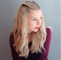 Are you interested in the new formal hairstyles for medium hair trends? Best Wedding Hairstyles, Formal Hairstyles, Messy Hairstyles, Medium Hair Styles, Short Hair Styles, Medieval Hairstyles, Bohemian Hairstyles, Hair Trends, Look