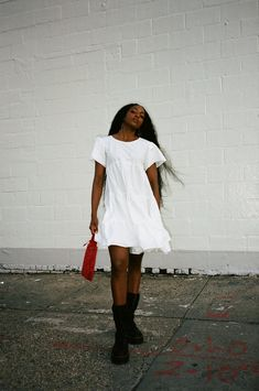 White Dress, T Shirt, Dresses, Fashion, Supreme T Shirt, Vestidos, Moda, Tee Shirt, Fashion Styles