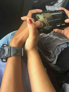 Relationship Goals Tumblr, Couple Relationship, Cute Relationships, Calin Couple, Parejas Goals Tumblr, Couple Goals Cuddling, Creative Instagram Stories, Photo Couple, Cute Poses