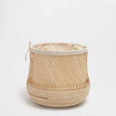 Image 1 of the product Bamboo clothes basket Zara Home, Clothes Basket, Bamboo Basket, Moving Day, Decorative Objects, Design, Home Decor, Bathroom Inspo, House Decorations
