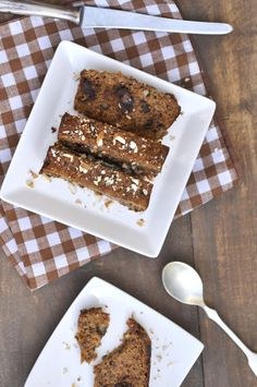 Anja's Food 4 Thought: Grain Free Banana Date Bread