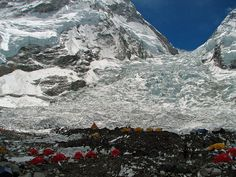 Mount Everest avalanche kills 12 Sherpas; four missing - GrindTV.com