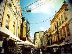 Rua João Alfredo, da Rua dos Mercadores a rua dos camelôs, sempre epicentro da moda de rua na cidade de Belém.  Foto: Natália Viana
